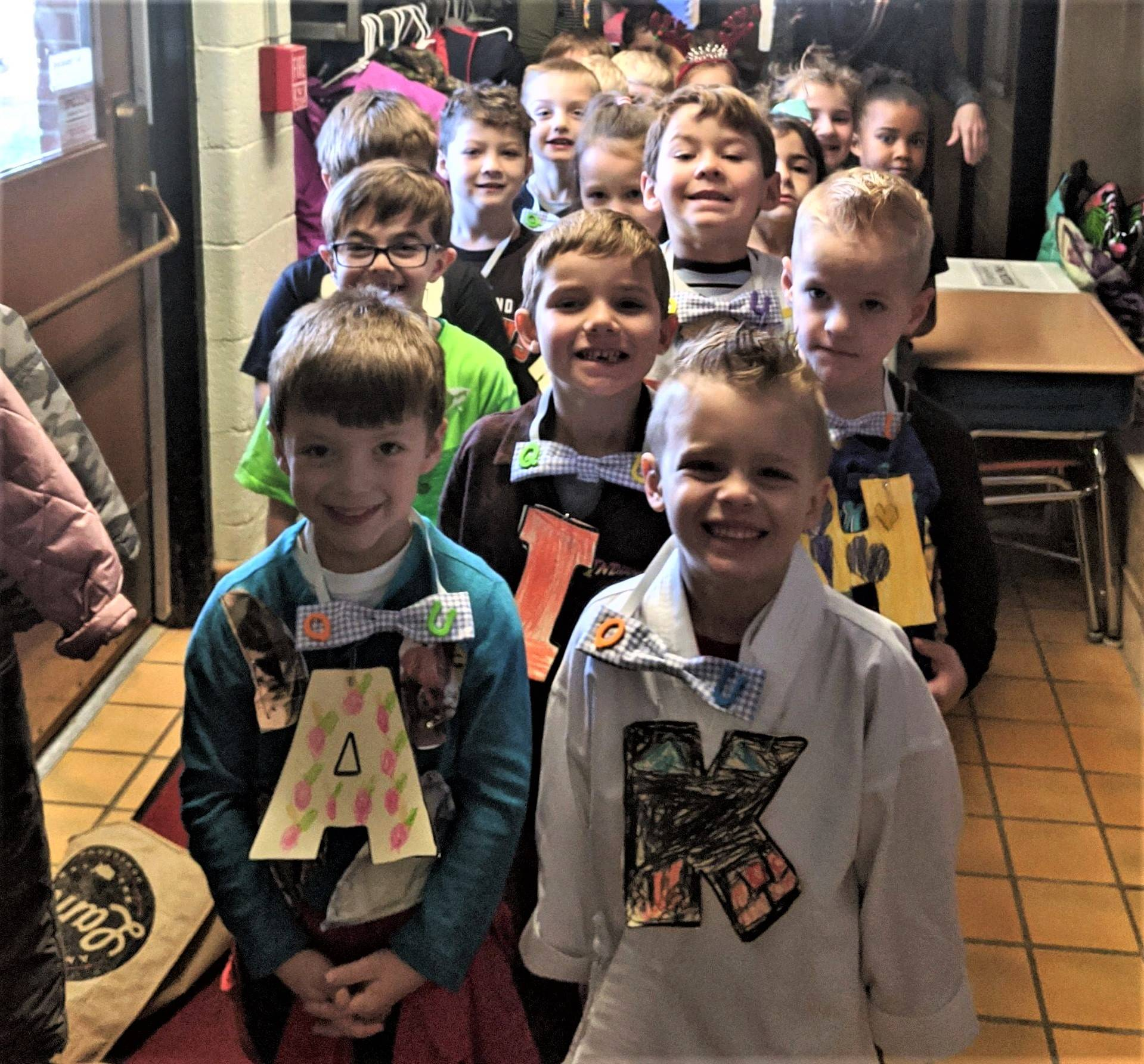 "Mrs. Kingzett's Kindergarten Class Attends Wedding of ""Q"" and ""U"""