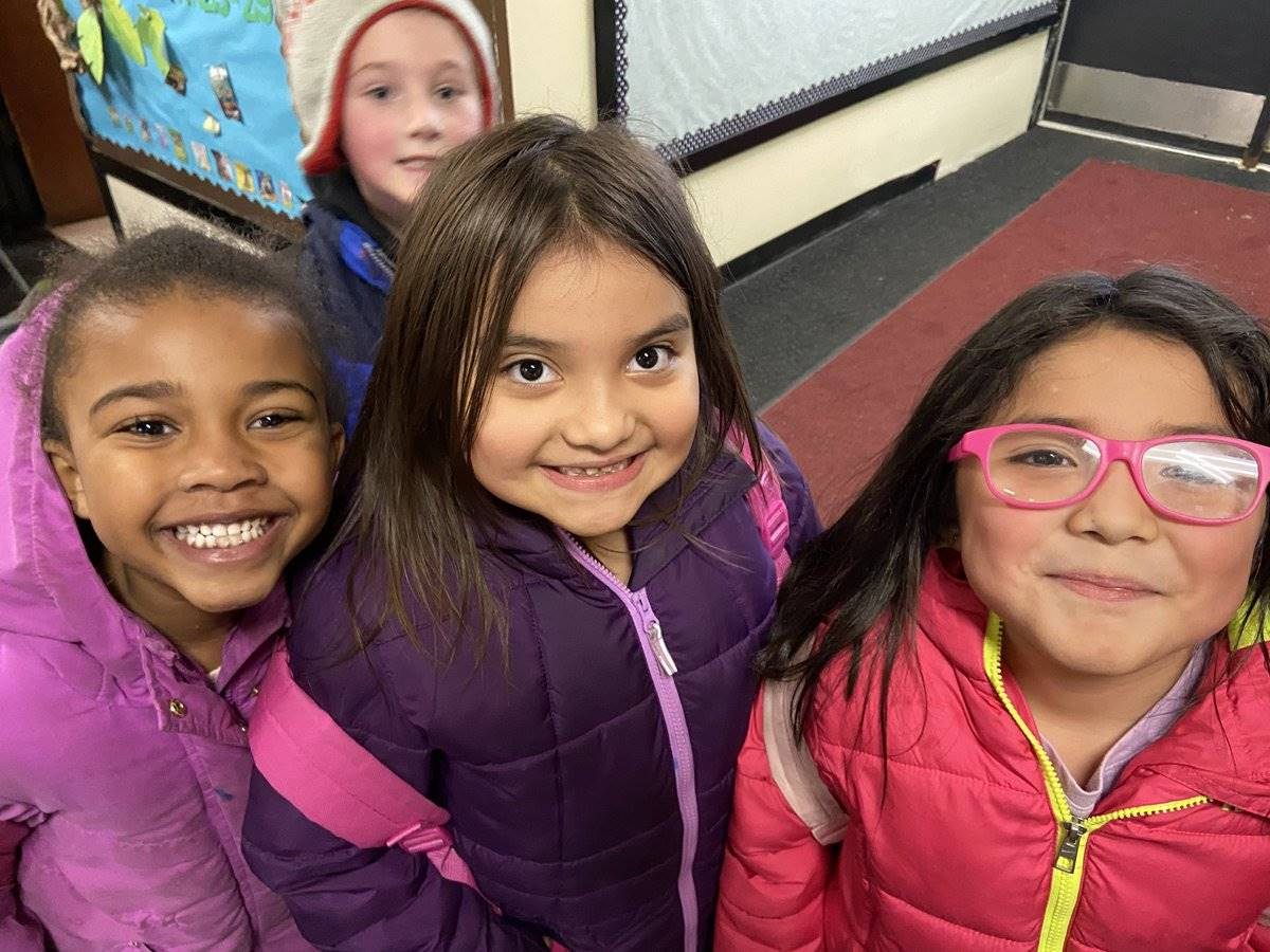Happy Munson Elementary Students - Jan. 2020